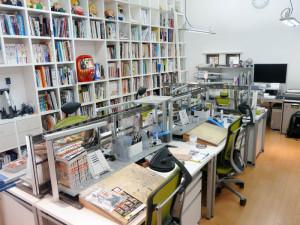 Tipico studio di un mangaka.
