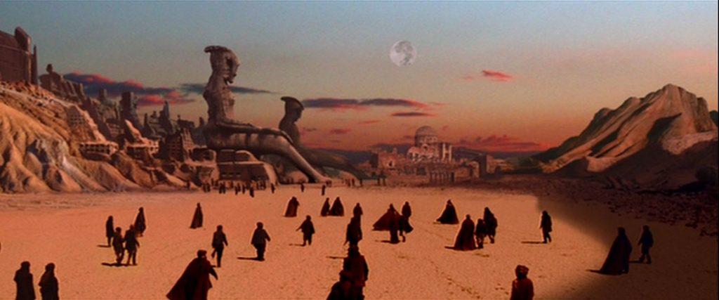 Roland Emmerich, prendi appunti per Stargate.